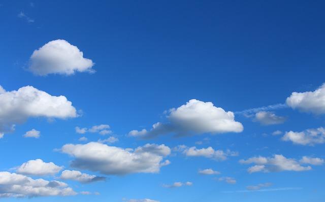 clouds-1046109_640