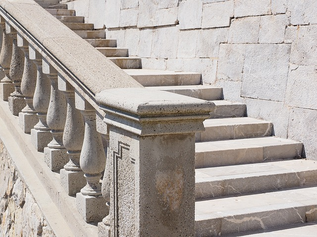 stairs-1090610_640
