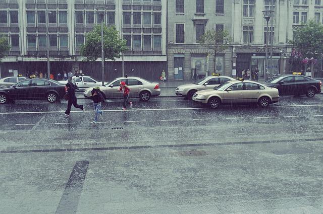 rain-286327_640