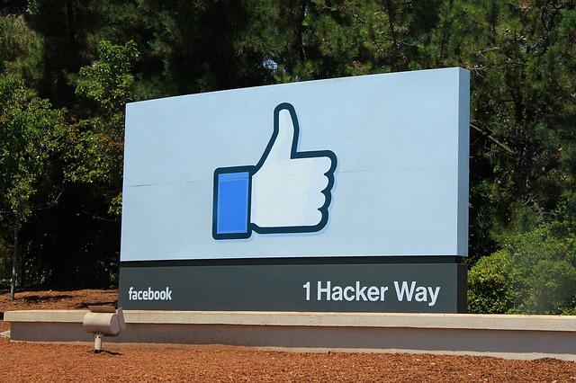 facebook-959060_640